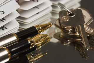 Understanding Joint Tenants Vs. Community Property